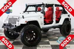 2017 Jeep Wrangler Unlimited - 1C4HJWEG8HL728250