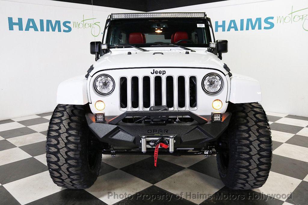 2017 Jeep Wrangler Unlimited Sahara 4x4 - 18387179 - 11