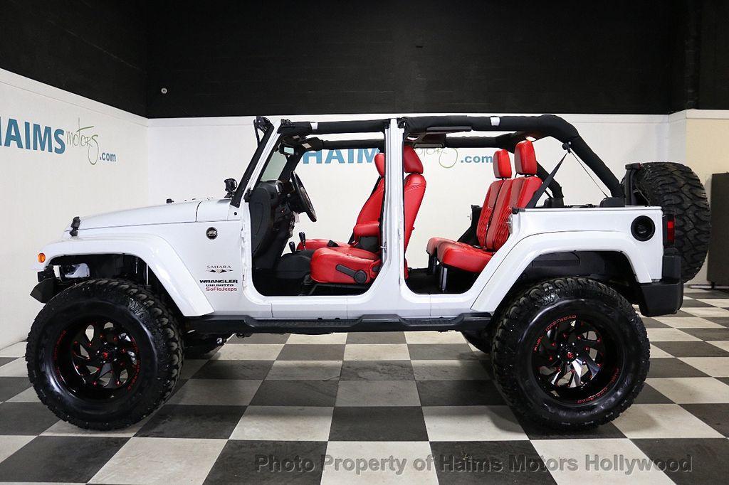 2017 Jeep Wrangler Unlimited Sahara 4x4 - 18387179 - 8