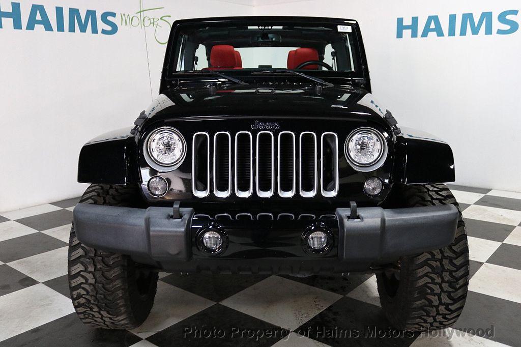 2017 Jeep Wrangler Unlimited Sahara 4x4 - 18482193 - 3