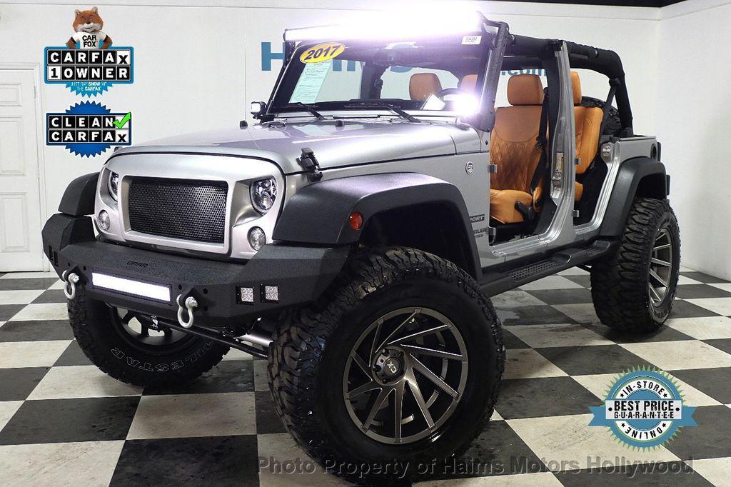 2017 Jeep Wrangler Unlimited Sport 4x4 - 17789449 - 0