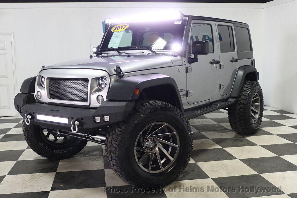 2017 Jeep Wrangler Unlimited Sport 4x4 - 17789449 - 11