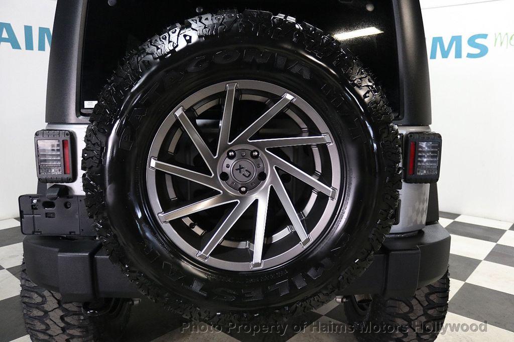 2017 Jeep Wrangler Unlimited Sport 4x4 - 17789449 - 17