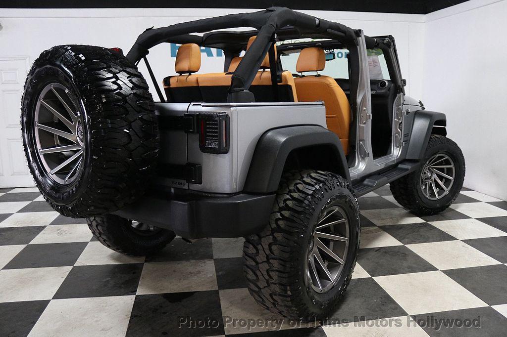 2017 Jeep Wrangler Unlimited Sport 4x4 - 17789449 - 5
