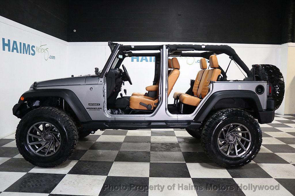 2017 Jeep Wrangler Unlimited Sport 4x4 - 17789449 - 8