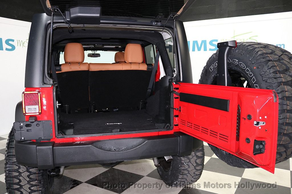 2017 Jeep Wrangler Unlimited Sport 4x4 - 18086219 - 18