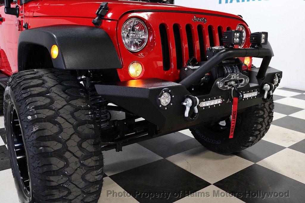 2017 Jeep Wrangler Unlimited Sport 4x4 - 18086219 - 21