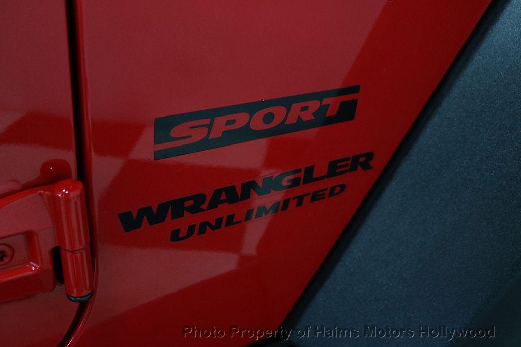 2017 Jeep Wrangler Unlimited Sport 4x4 - 18086219 - 24