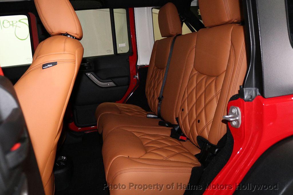 2017 Jeep Wrangler Unlimited Sport 4x4 - 18086219 - 31