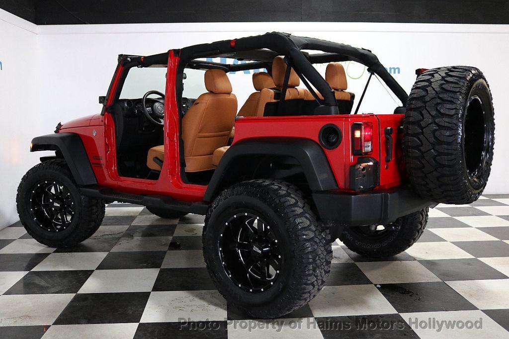 2017 Jeep Wrangler Unlimited Sport 4x4 - 18086219 - 5