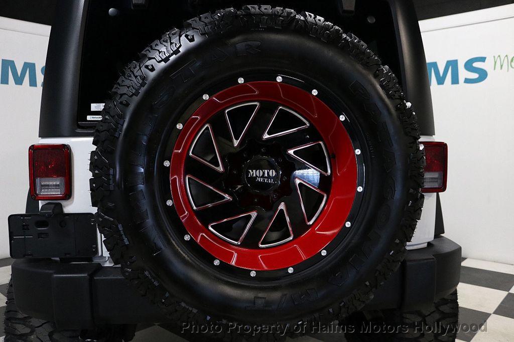 2017 Jeep Wrangler Unlimited Sport 4x4 - 18094539 - 25