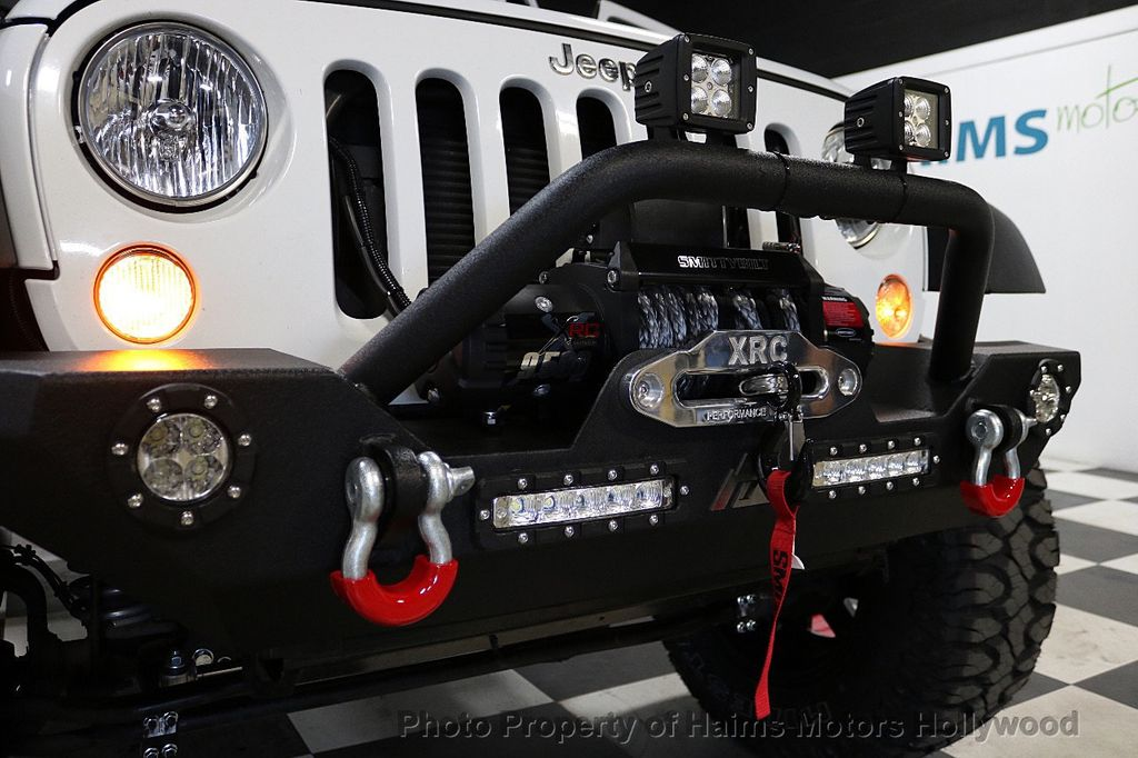 2017 Jeep Wrangler Unlimited Sport 4x4 - 18094539 - 30
