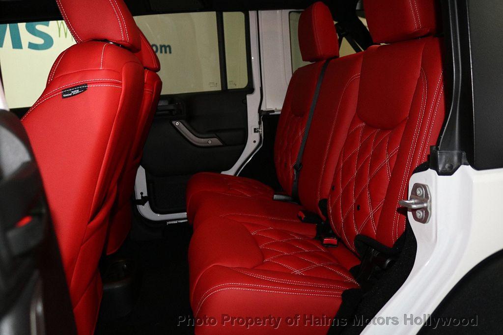 2017 Jeep Wrangler Unlimited Sport 4x4 - 18094539 - 43