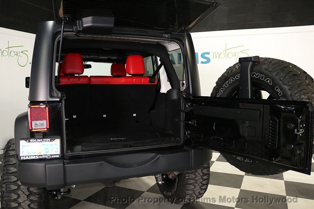 2017 Jeep Wrangler Unlimited Sport 4x4 - 18122625 - 8
