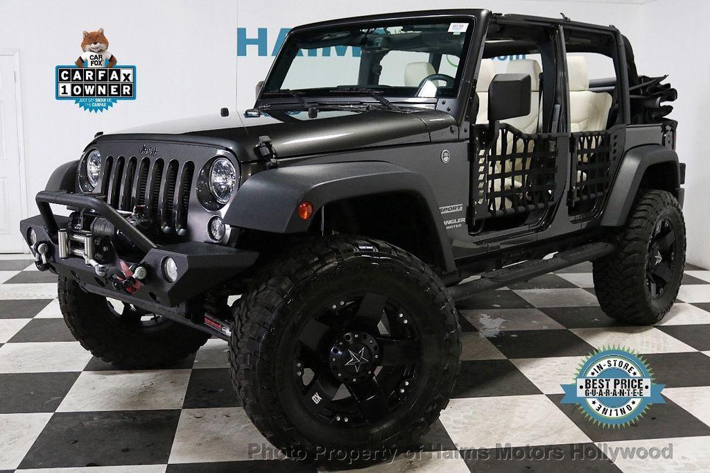 2017 Jeep Wrangler Unlimited Sport 4x4 - 18130393 - 0