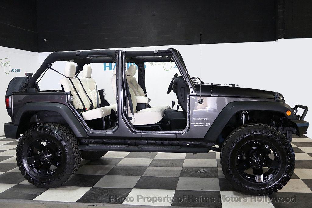 2017 Jeep Wrangler Unlimited Sport 4x4 - 18130393 - 14