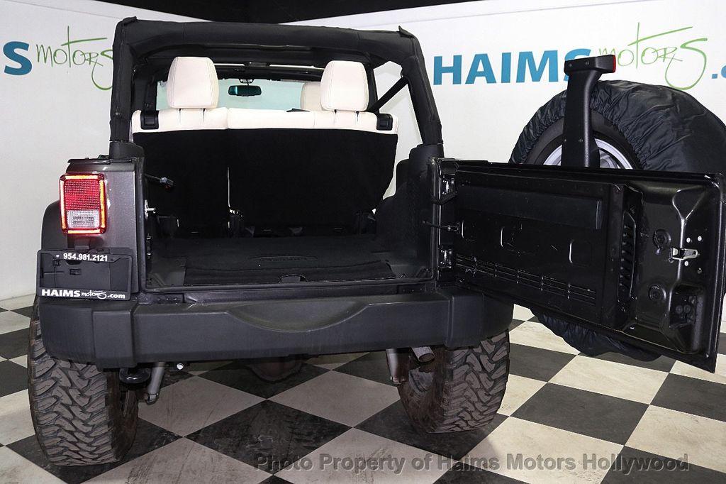 2017 Jeep Wrangler Unlimited Sport 4x4 - 18130393 - 15
