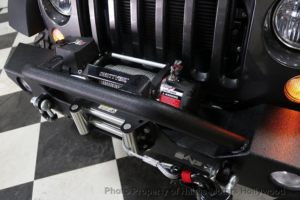 2017 Jeep Wrangler Unlimited Sport 4x4 - 18130393 - 22