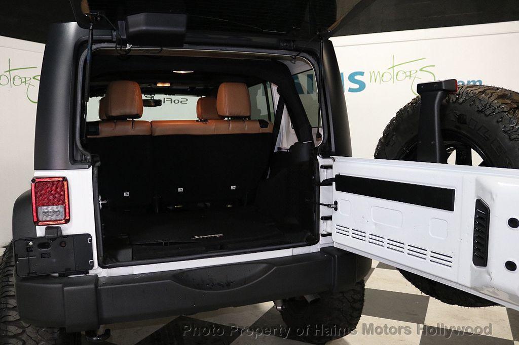 2017 Jeep Wrangler Unlimited Sport 4x4 - 18147715 - 18