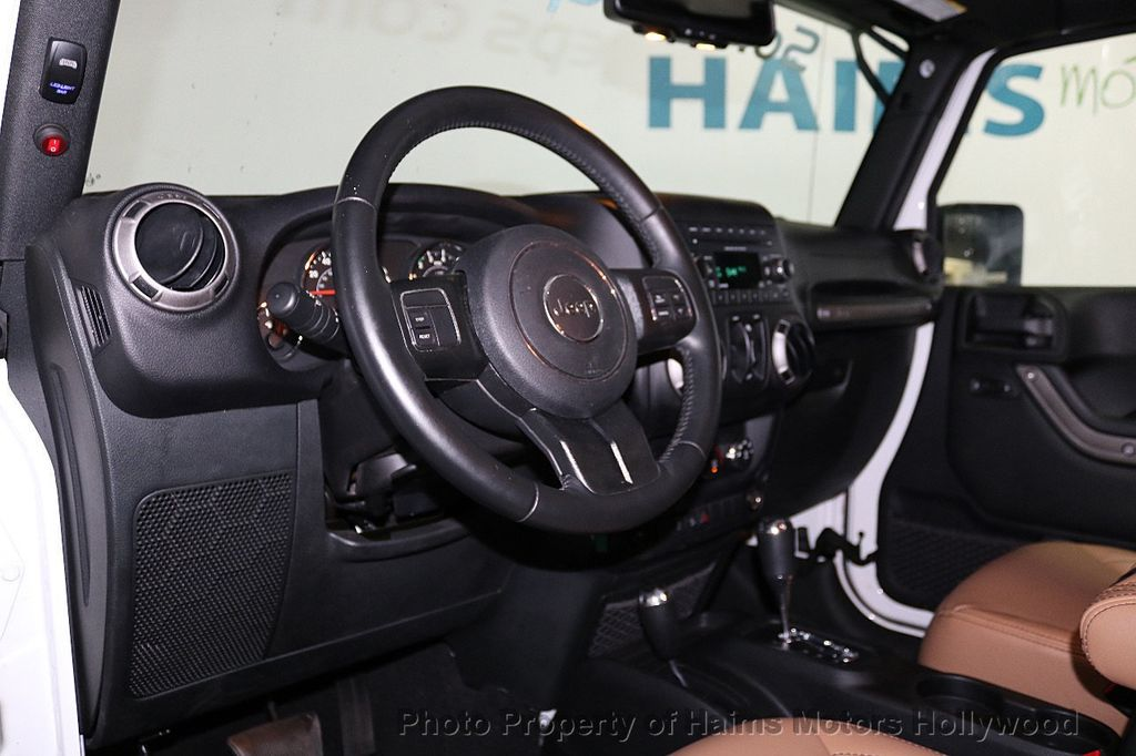 2017 Jeep Wrangler Unlimited Sport 4x4 - 18147715 - 29