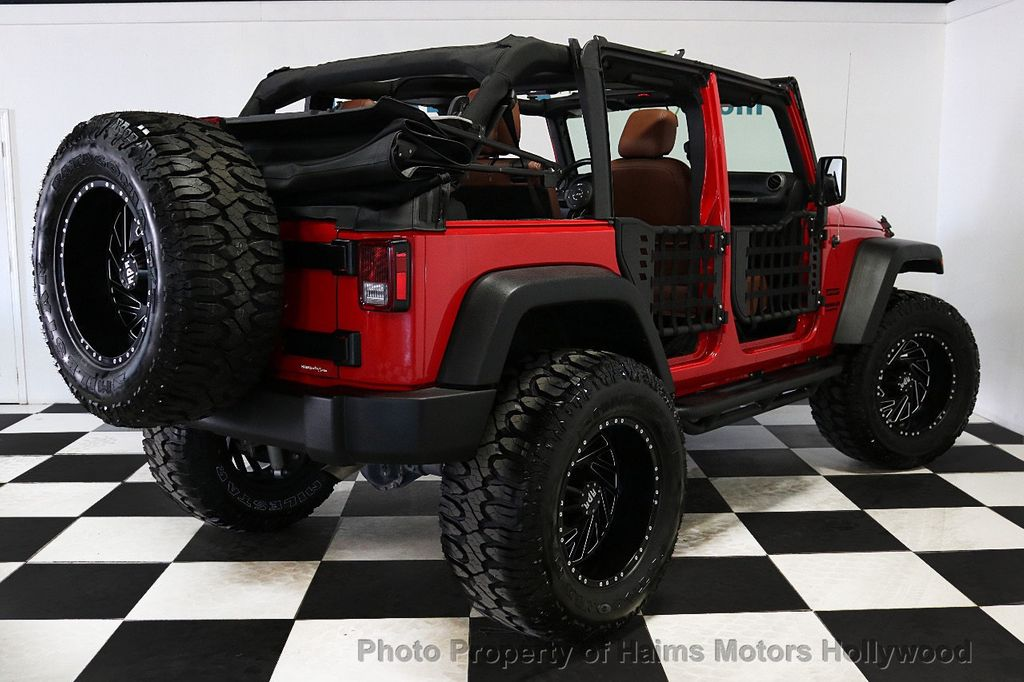 2017 Jeep Wrangler Unlimited Sport 4x4 - 18496941 - 10