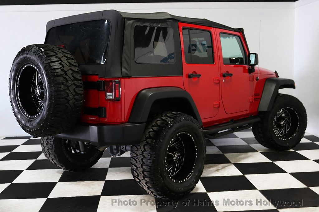 2017 Jeep Wrangler Unlimited Sport 4x4 - 18496941 - 16