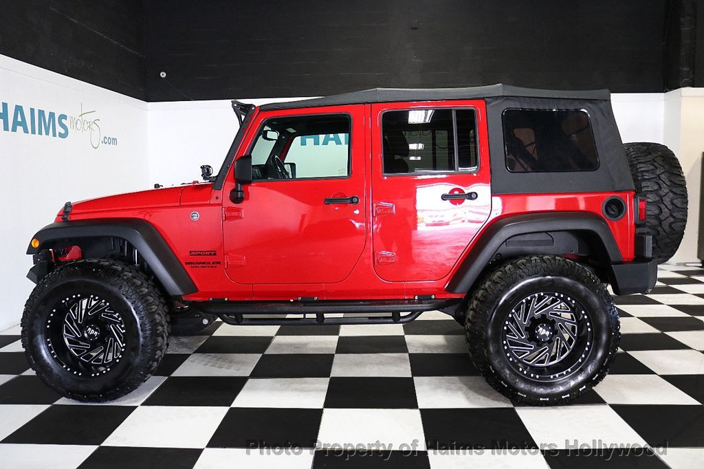 2017 Jeep Wrangler Unlimited Sport 4x4 - 18496941 - 17