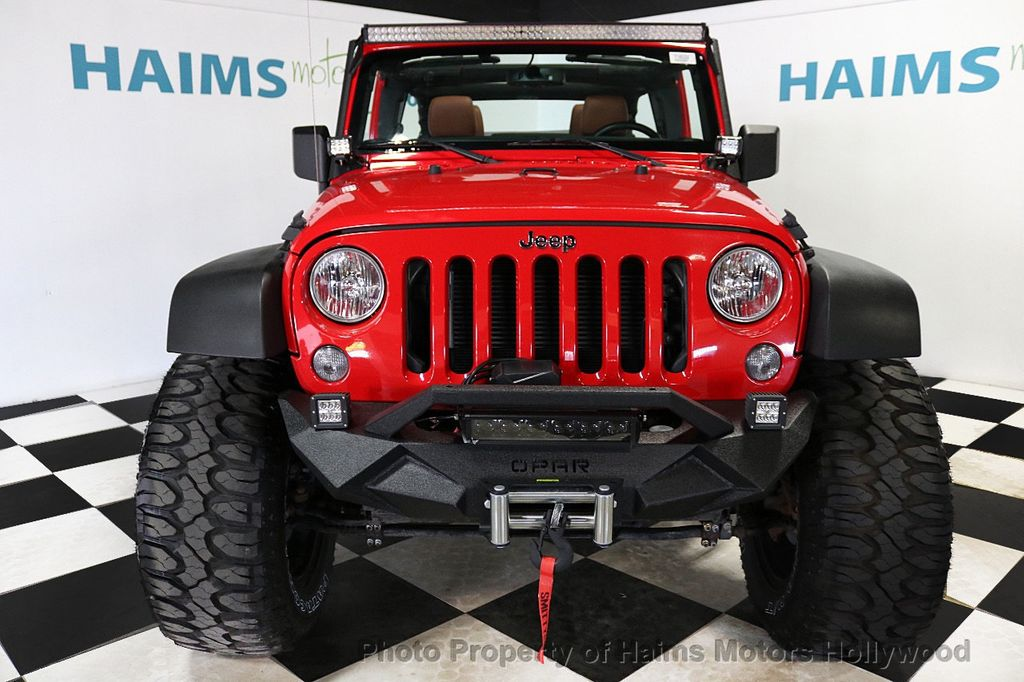 2017 Jeep Wrangler Unlimited Sport 4x4 - 18496941 - 4