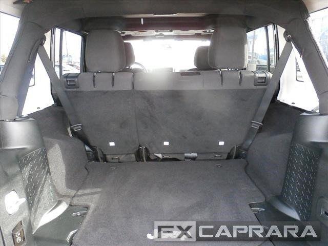 2017 Jeep Wrangler Unlimited Sport 4x4 - 18256736 - 13