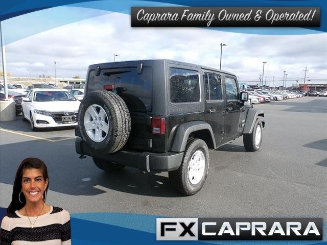 2017 Jeep Wrangler Unlimited Sport 4x4 - 18256736 - 2
