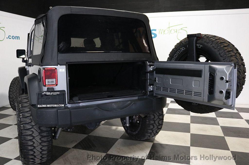2017 Jeep Wrangler Unlimited Sport RHD 4x4 - 18542269 - 19