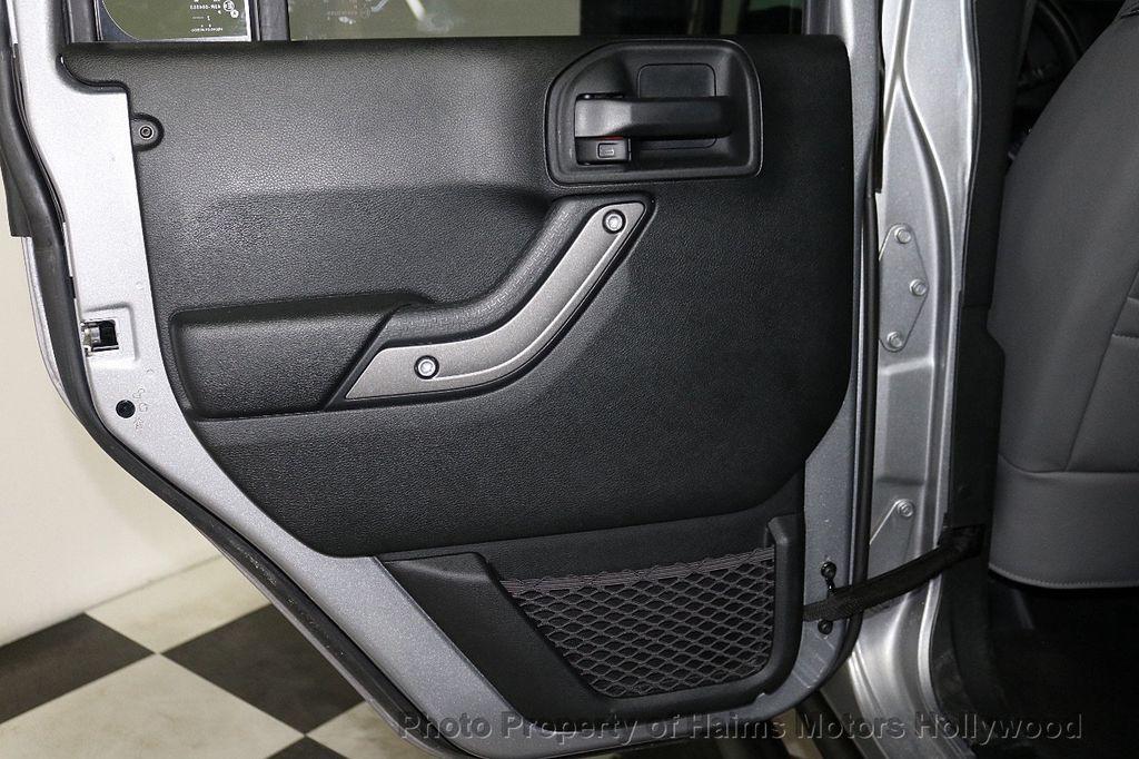 2017 Jeep Wrangler Unlimited Sport RHD 4x4 - 18542269 - 23