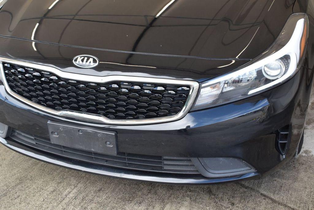 2017 Kia Forte LX Automatic - 18044370 - 1