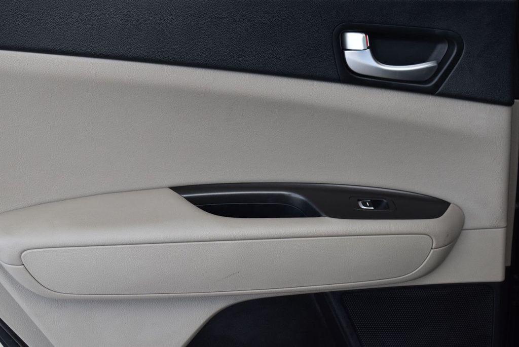 2017 Kia Optima LX Automatic - 18550617 - 11