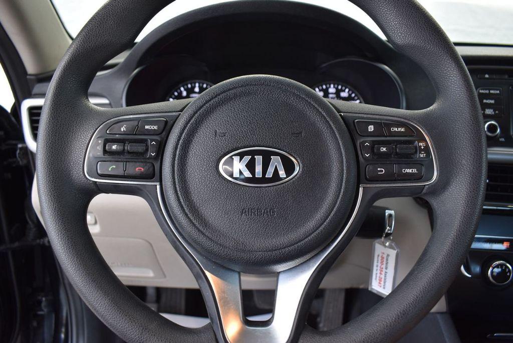 2017 Kia Optima LX Automatic - 18550617 - 19