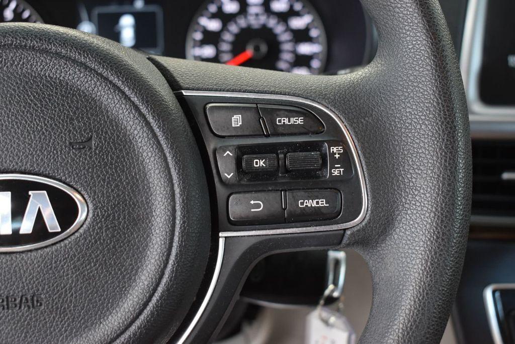 2017 Kia Optima LX Automatic - 18550617 - 21