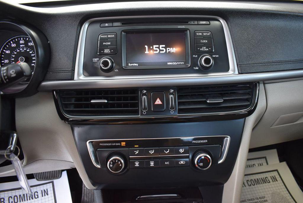 2017 Kia Optima LX Automatic - 18550617 - 22