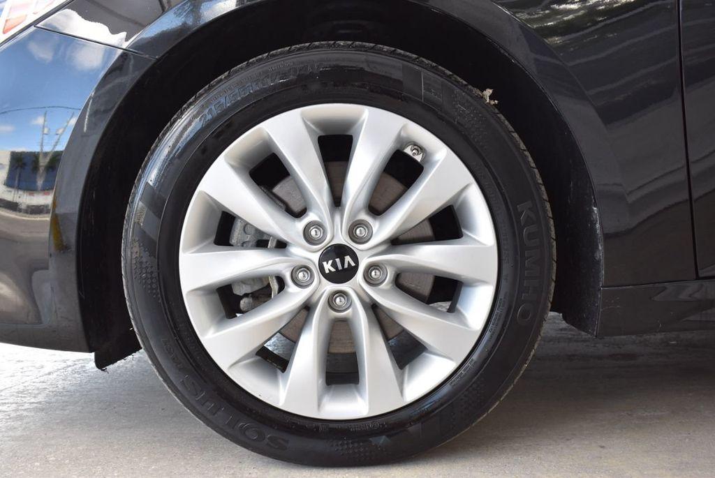 2017 Kia Optima LX Automatic - 18550617 - 7