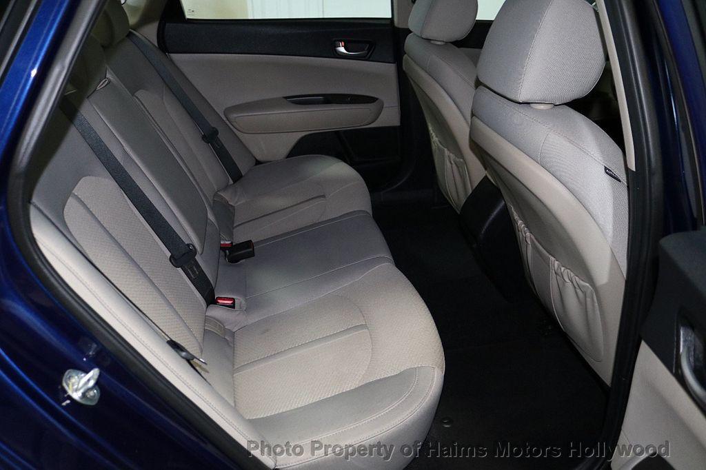 2017 Kia Optima LX Automatic - 18633901 - 13