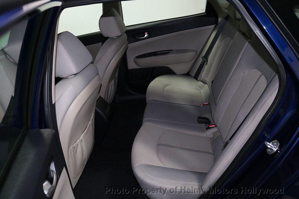2017 Kia Optima LX Automatic - 18633901 - 14