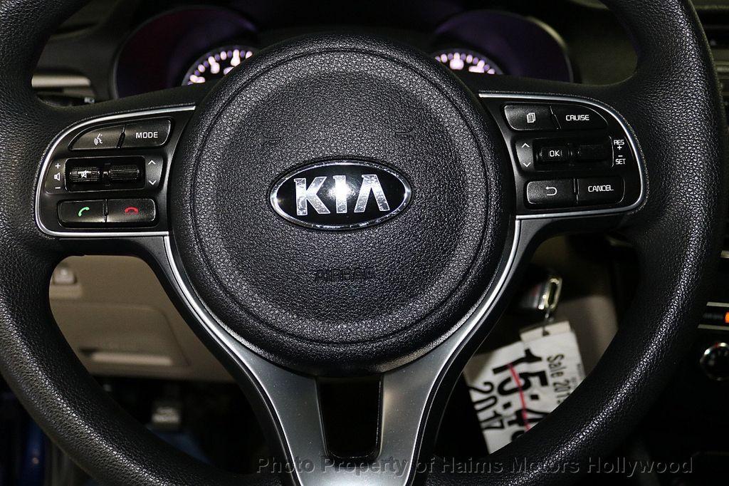 2017 Kia Optima LX Automatic - 18633901 - 23