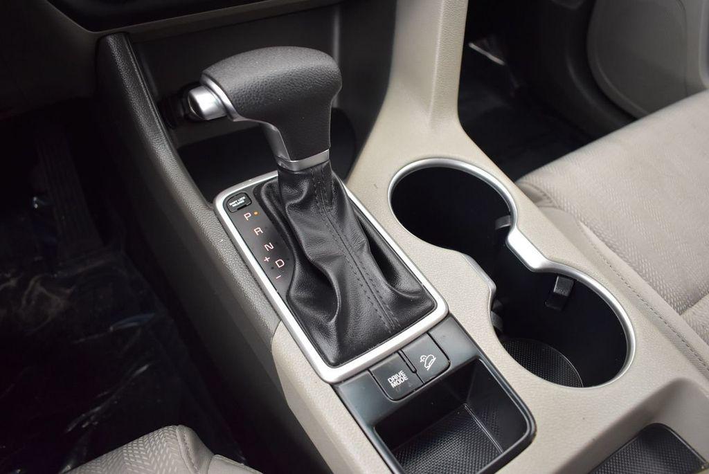 2017 Kia Sportage LX FWD - 17679414 - 22