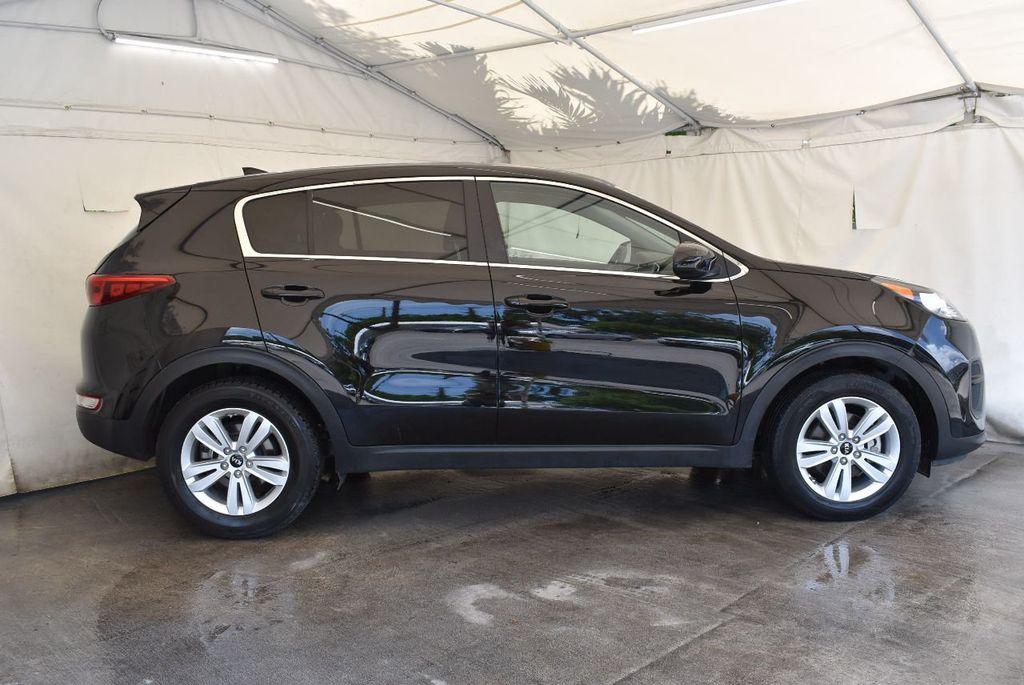 2017 Kia Sportage LX FWD - 17679414 - 2