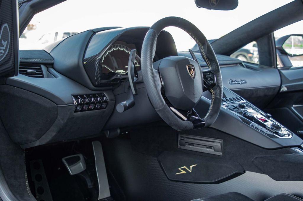 2017 Lamborghini Aventador SV  - 18603473 - 86