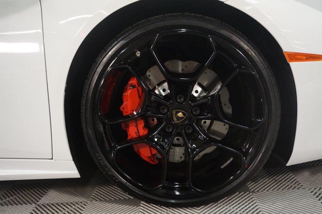 2017 Lamborghini Huracan RWD Sypder - 17655121 - 19