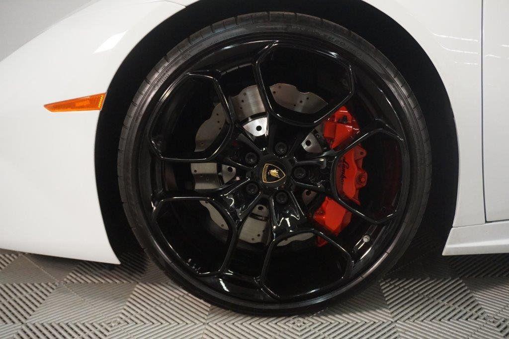2017 Lamborghini Huracan RWD Sypder - 17655121 - 21