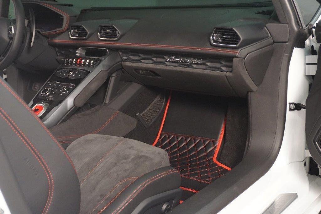 2017 Lamborghini Huracan RWD Sypder - 17655121 - 26