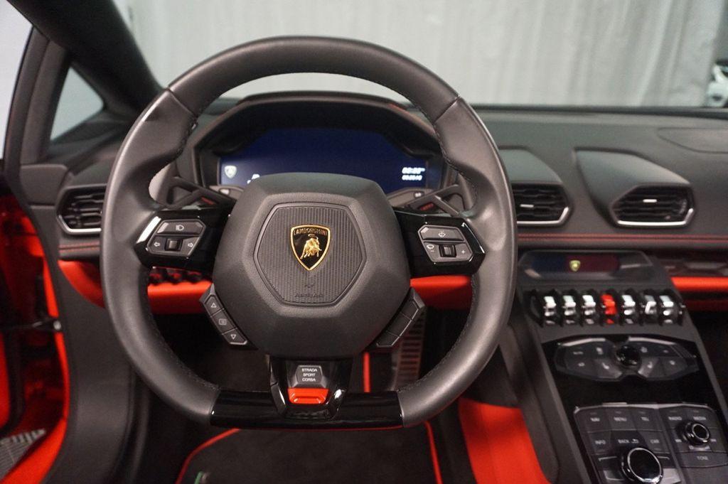 2017 Lamborghini Huracan Spyder - 18036354 - 35