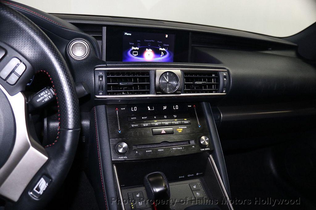 2017 Lexus IS  - 17785537 - 20