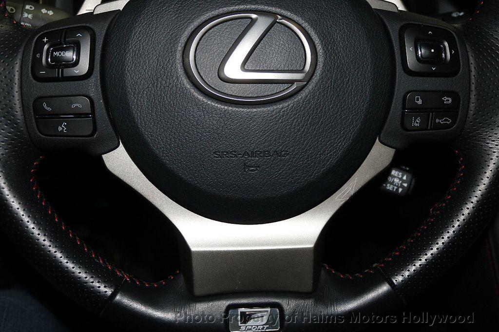 2017 Lexus IS  - 17785537 - 30